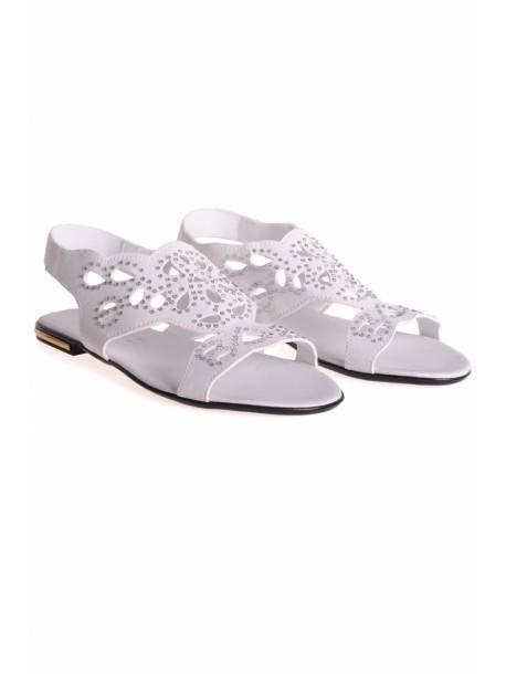 Sandale cu pietre albe