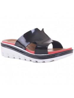 Papuci negri cu talpa zimtata