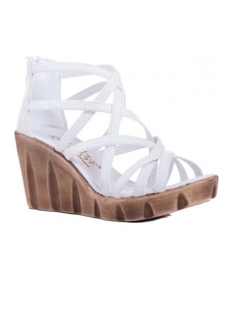 Sandale albe cu talpa groasa