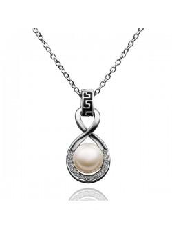 Colier de perle cu cristale austriece și placate cu aur
