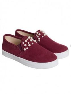 Pantofi mici cu perle - visiniu