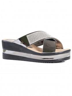 Papuci de damă cu decorațiune de culoare metalică