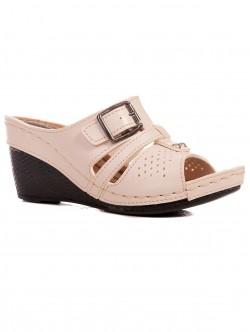 Papuci de damă cu dimensiuni mici